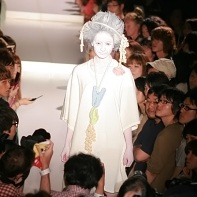 "A design of Yoshikazu Yamagata's ""Crime and Punishment"" fashion show."