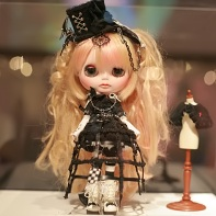 "The ""Dark Marchen Girl"" Blythe doll beauty contest entry from the team L'Ange noir."