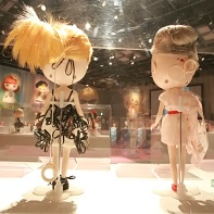 A different look at the Blythe dolls of the exhibition in Omotesando Hills.