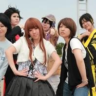 A group of Kamen Rider Den-O (仮面ライダー電王) cosplayers (including Yuriko Shiratori, Ryōtarō Nogami and Urataros)