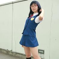 A girl cosplayer dressed up as Chiriko 'Tsuruko' Tsurumi from the AnoHana (あの日見た花の名前を僕達はまだ知らない) anime series.